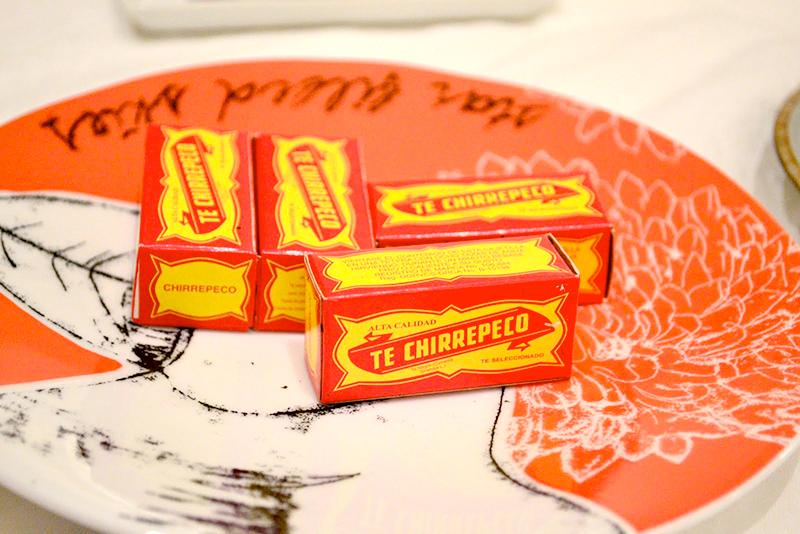 Eating at My Friends' House 03 la maison du monde