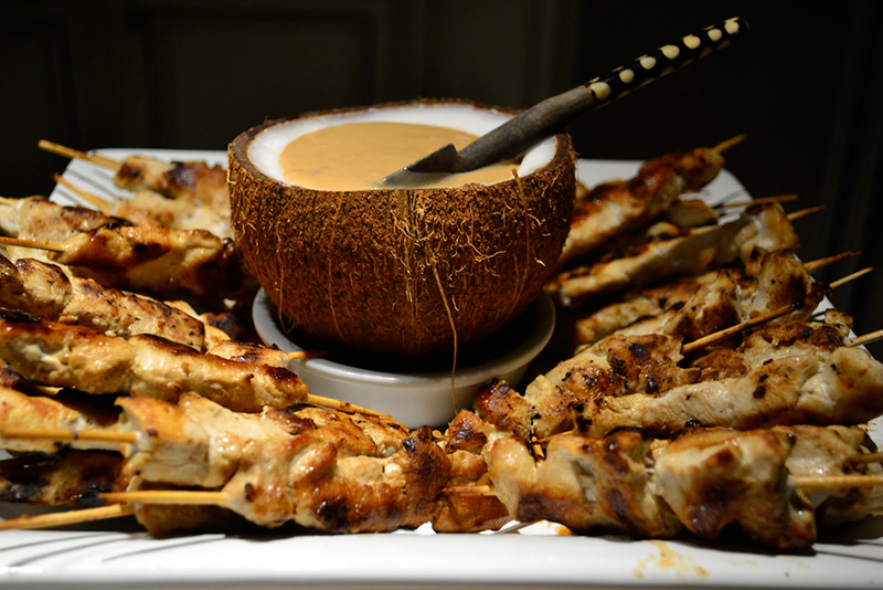 coconut-and-peanut-butter-sauce-for-the-chicken-satay-la-maison-du-monde