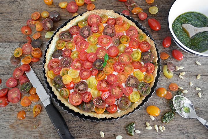 Tomato-Basil-Mozz-Tart-La-Maison-du-Monde-4