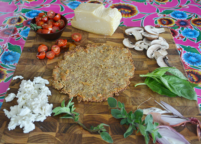 cauliflower-pizza-crust-with-almonds-03-la-maison-du-monde