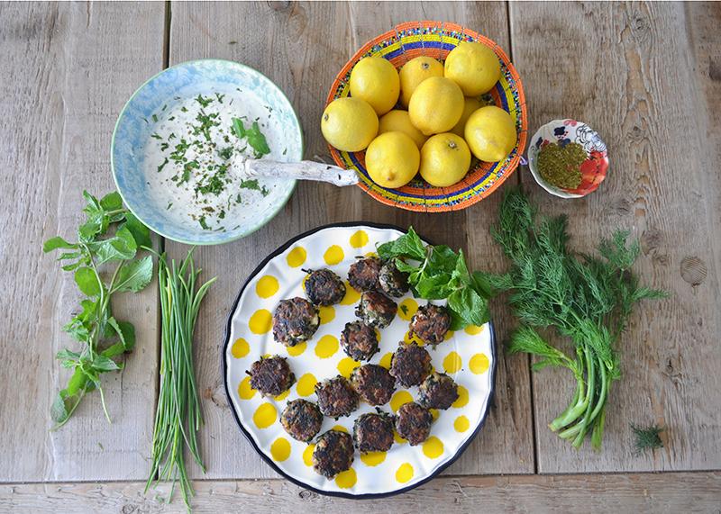 mini-spinach-cakes-lemon-zest-05-la-maison-du-monde