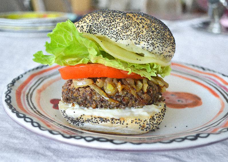 elevated-veggie-burger-06-la-maison-du-monde