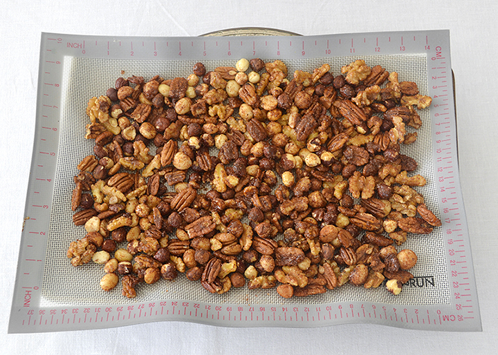 roasted-spiced-nuts-720