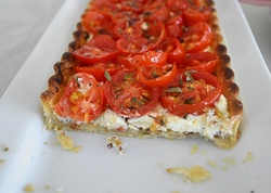 Tomato-Tart-with-Fig-and-Dijon-Lola-Lobato-3